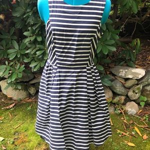 JACK WILLS blue and white striped dress w/ pockets